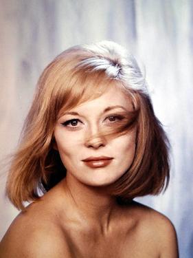 FAYE DUNAWAY, 1967 (photo)