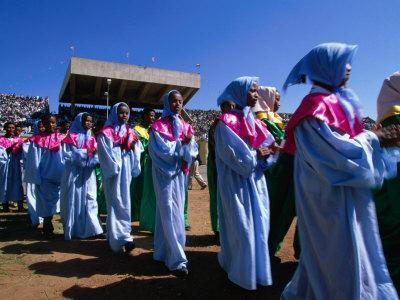 https://imgc.allpostersimages.com/img/posters/female-dancers-celebrating-festival-of-meskal-asmara-eritrea_u-L-P4CFS30.jpg?p=0