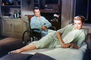 Fenetre sur cour REAR WINDOW by AlfredHitchcock with James Stewart and Grace Kelly, 1954 (photo)