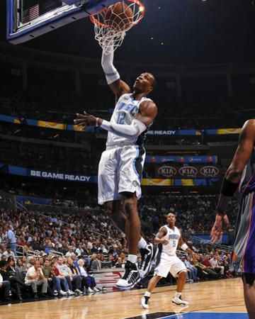 Phoenix Suns v Orlando Magic: Dwight Howard by Fernando Medina