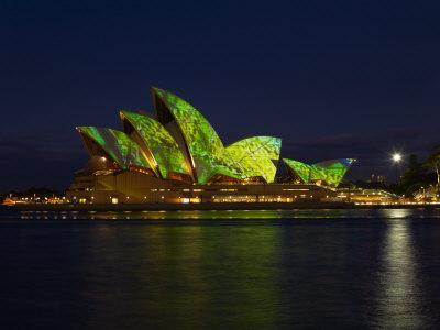 https://imgc.allpostersimages.com/img/posters/festival-of-light-sydney-opera-house-sydney-new-south-wales-australia_u-L-P91NA70.jpg?p=0