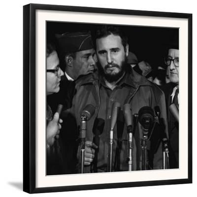 Fidel Castro arrives at MATS Terminal, Washington, D.C., c.1959