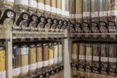 https://imgc.allpostersimages.com/img/posters/filling-container-for-grain-in-the-unpackaged-stueckgut-shop-altona-hamburg-germany_u-L-Q1EXTA20.jpg?artPerspective=n