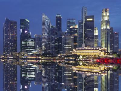 https://imgc.allpostersimages.com/img/posters/finacial-district-downtown-marina-bay-singapore_u-L-Q11YJZE0.jpg?p=0