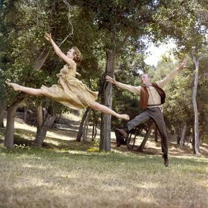 FINIAN'S RAINBOW, 1968 directed by FRANCIS FORD COPPOLA Barbara Hancock and Fred Astaire (photo)
