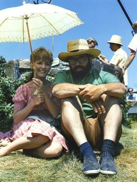 FINIAN'S RAINBOW, 1968 directed by FRANCIS FORD COPPOLA On the set, Petula Clark and Francis Ford C