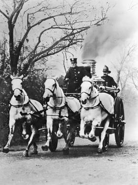 Fire Engine under Full Steam