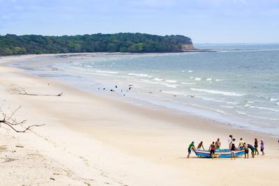 https://imgc.allpostersimages.com/img/posters/fishermen-on-joannes-beach-on-marajo-island-in-the-brazilian-amazon-para-brazil-south-america_u-L-Q12SEMQ0.jpg?p=0