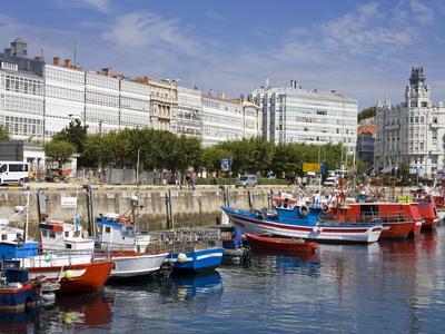 https://imgc.allpostersimages.com/img/posters/fishing-boats-in-darsena-marina-la-coruna-city-galicia-spain-europe_u-L-PFNG700.jpg?p=0