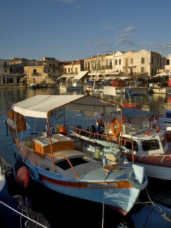 https://imgc.allpostersimages.com/img/posters/fishing-boats-rethymnon-crete-greek-islands-greece-mediterranean_u-L-P1TZOV0.jpg?p=0