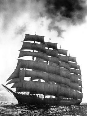 Five-Masted Preussen under Full Sail