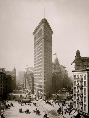 Flatiron Building, Broadway and Fifth Av., New York City