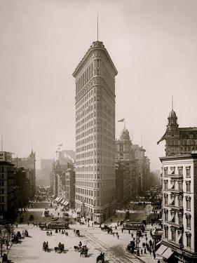 Flatiron Building, Broadway and Fifth Av., New York City