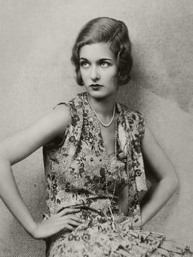 Vanity Fair - May 1928 by Florence Vandamm