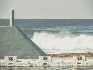 Ocean Break by Florian Schleinig
