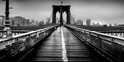 https://imgc.allpostersimages.com/img/posters/fog-over-the-brooklyn-bridge-brooklyn-manhattan-new-york-city-new-york-state-usa_u-L-Q12Q1W20.jpg?p=0