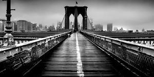 Fog over the Brooklyn Bridge, Brooklyn, Manhattan, New York City, New York State, USA