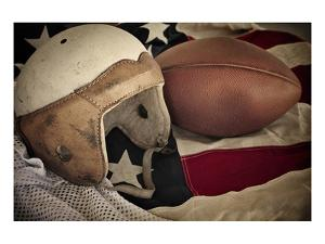 Football Helmet Pigskin & Flag