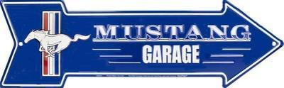 Ford Mustang Garage