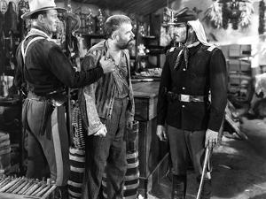 FORT APACHE, 1948 directed by JOHN FORD John Wayne, Grant Withers and Henry Fonda (b/w photo)