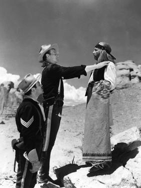 FORT APACHE, 1948 directed by JOHN FORD Pedro Armendariz, John Wayne and Miguel Inclan (b/w photo)