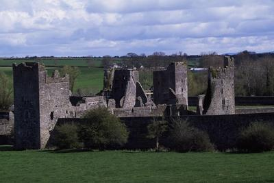 https://imgc.allpostersimages.com/img/posters/fortified-augustinian-priory-of-kells-county-kilkenny-ireland-founded-in-1193_u-L-PP1B0C0.jpg?p=0