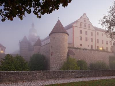 https://imgc.allpostersimages.com/img/posters/fortress-marienberg-in-the-fog-w-rzburg-city-bavaria-germany_u-L-Q11YSX20.jpg?artPerspective=n