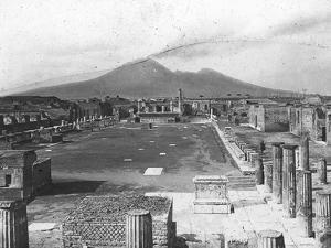 Forum, Pompeii, Italy, Late 19th or Early 20th Century