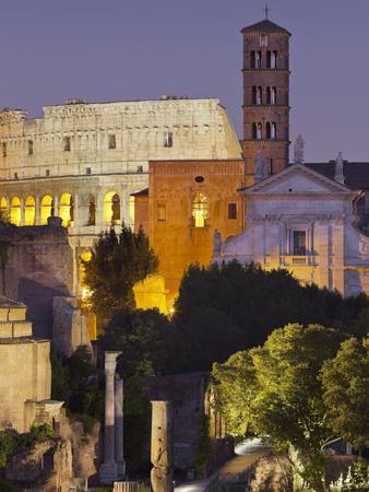 https://imgc.allpostersimages.com/img/posters/forum-romanum-coliseum-rome-lazio-italy_u-L-Q11YWL50.jpg?p=0