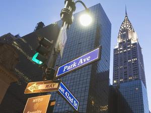 Usa, New York State, New York City, Low Angle View of Chrysler Building and Street Name Sign by Fotog