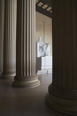 Usa, Washington Dc, Lincoln Memorial between Columns by Fotog