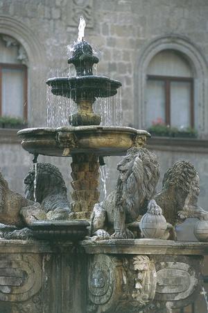 https://imgc.allpostersimages.com/img/posters/fountain-of-lions_u-L-PP9VWF0.jpg?p=0