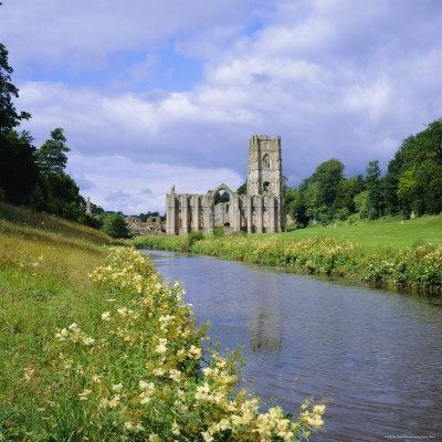 https://imgc.allpostersimages.com/img/posters/fountains-abbey-north-yorkshire-england-uk-europe_u-L-P2QWKJ0.jpg?artPerspective=n