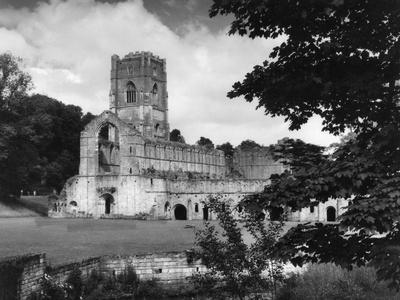 https://imgc.allpostersimages.com/img/posters/fountains-abbey_u-L-Q107HQR0.jpg?p=0