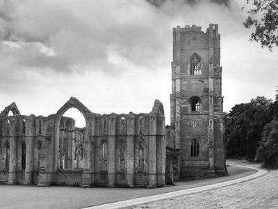 https://imgc.allpostersimages.com/img/posters/fountains-abbey_u-L-Q107JMT0.jpg?p=0