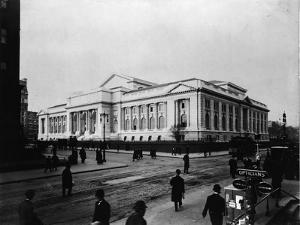 New York Public Library Main Branch by FPG