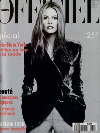 L'Officiel, November 1994 - Elle Mc Pherson Habillée Par Giorgio Armani
