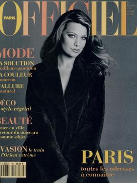 L'Officiel, September 1993 - Magalie dans une Longue Robe Noire d'Yves Saint Laurent by Francesco Scavullo