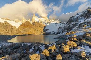 Fitz Roy range in the morning at Laguna Los Tres, Argentina by Francesco Vaninetti