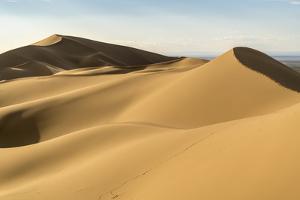 Khongor sand dunes in Gobi Gurvan Saikhan National Park, Sevrei district, South Gobi province, Mong by Francesco Vaninetti