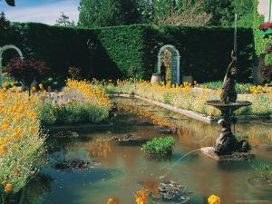 Fountain and Pond, Butchart Gardens, Canada by Francie Manning