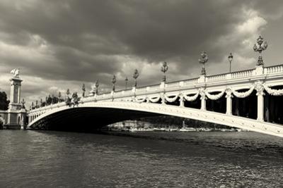 Alexander Iii Bridge, Paris, Ile De France, France by Francisco Javier Gil
