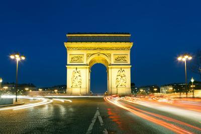 Arc De Triomphe, Charles De Gaulle Square, Paris, Ile De France, France by Francisco Javier Gil