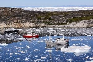 Boats in Greenland by Françoise Gaujour