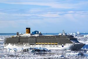 Cruiseship Costa Deliciosa, Disko Bay, Greenland by Françoise Gaujour