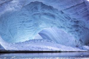 Iceberg in Greenland by Françoise Gaujour