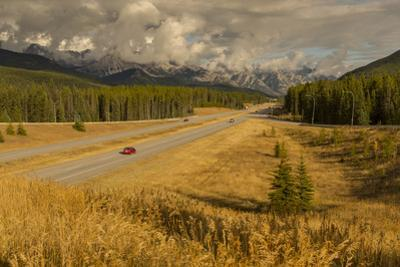 Traffic on Trans Canada Highway 1, Canadian Rockies, Banff National Park, UNESCO World Heritage Sit