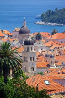 View over Old Town, UNESCO World Heritage Site, Dubrovnik, Dalmatia, Croatia, Europe by Frank Fell