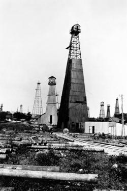 American Oil Wells in Romania by Frank George Carpenter