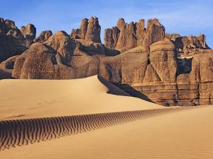 Eroded landscape in Tassili du Hoggar, Sahara, Algeria by Frank Krahmer
